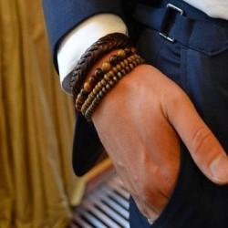 Le bracelet en perles, l\'accessoire masculin tendance
