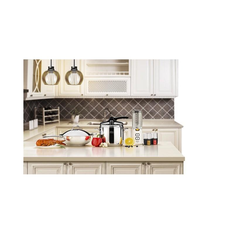 cuisine des astuces pour relooker simplement vos placards. Black Bedroom Furniture Sets. Home Design Ideas