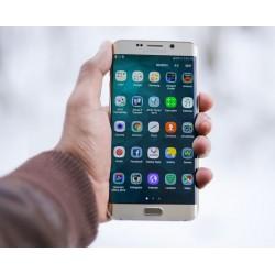 Smartphone pliable: l'essentiel sur le Samsung Galaxy F