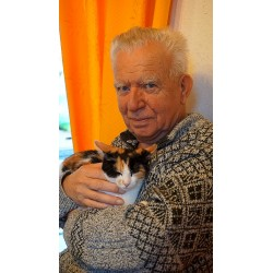 Vieil homme + chat