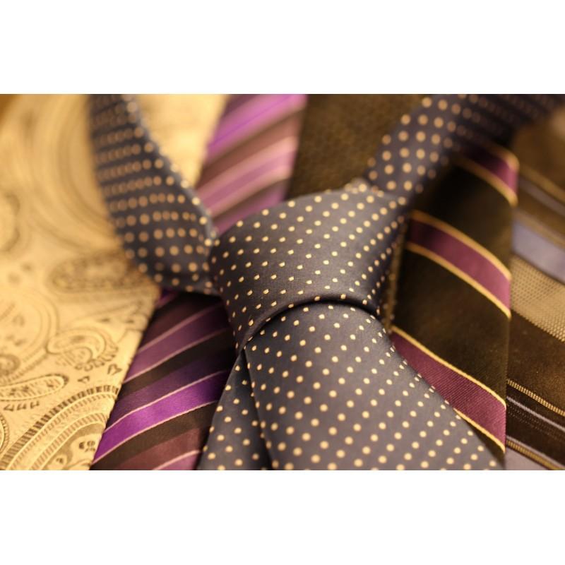 Photo de cravates en vrac