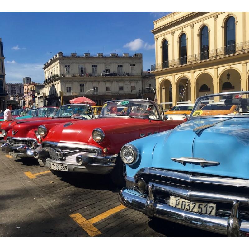 Les vieilles américaines si emblématiques à la Havane