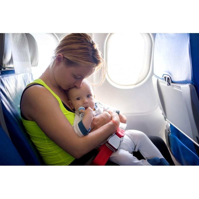 Voyager en avion avec un jeune enfant