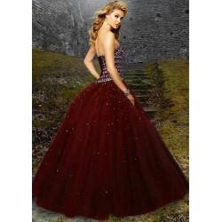 Comment bien choisir sa robe longue?