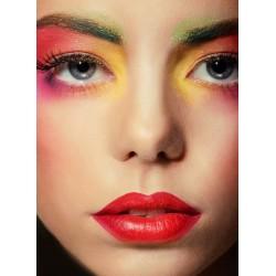 Comment faire tenir son maquillage plus longtemps ?