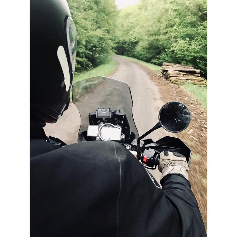 Motard en road trip