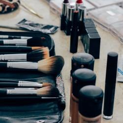 reverse foundation maquillage du teint pinceaux à maquillage