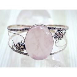 Les bienfaits d'un bijou en Quartz rose