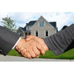 acheteur qui conclue une transaction immobilière
