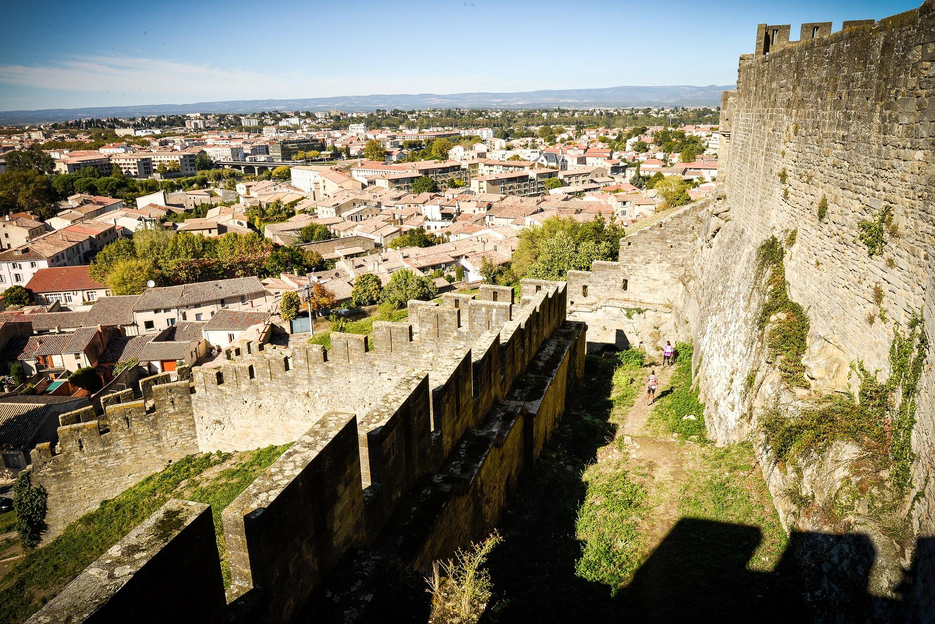 La ville médiévale de Carcassonne attire de nombreux acheteurs